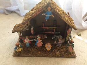 Ancienne Creche Étable Bois Et Sujet En Plastique Nativité Noël