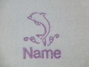 dauphin-brode-sur-serviettes-Peignoir-de-bain-capuche-serviette-avec-nom