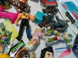HUGE-Lot-Of-toys-action-Figures-mixed-Vtg-Now-Junk-Drawer-HOT-WHEELS-DIECAST-7