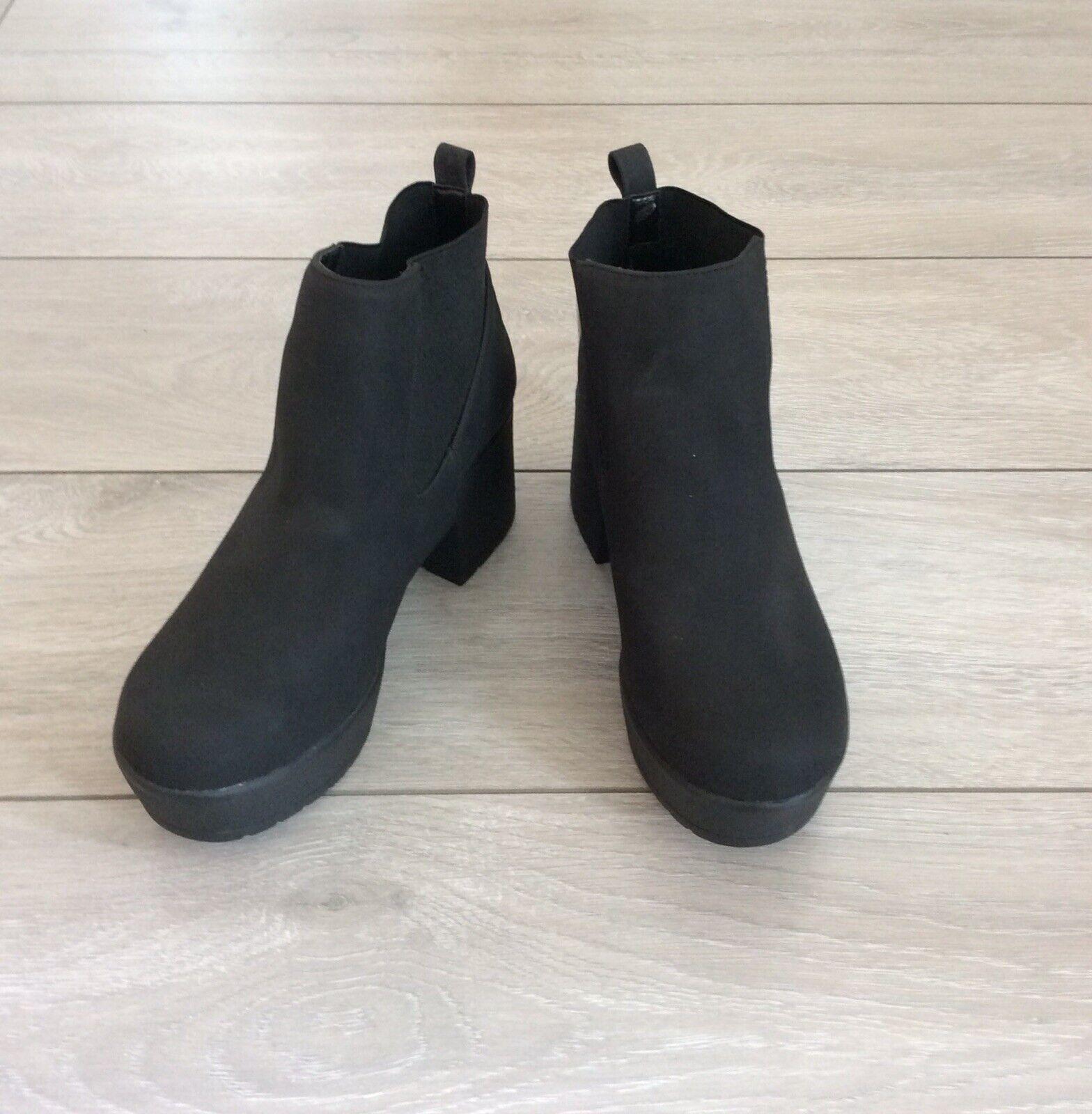 Asos noir daim synthétique taille basse à grosses Bottines, Taille UK 6
