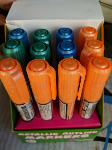 Self-outline Metallic Markers Double Line Outline Marker Pens set of 12