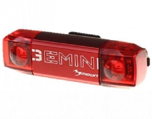 Moon GEMINI BIKE REAR LIGHT 69x20.5x16.5mm 20 / 30 lumen, USB Rechargeable