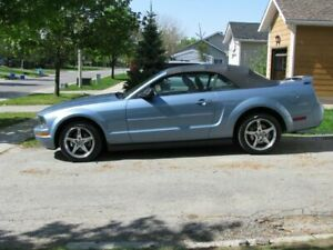 2007 Mustang Convertible - Very Pretty, Low KMs
