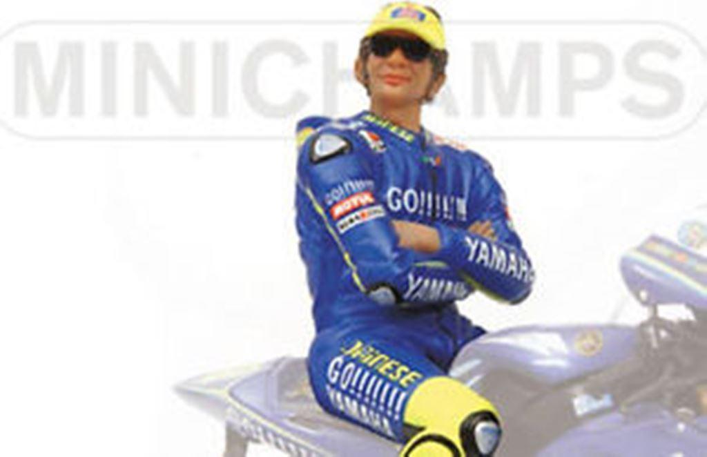 MINICHAMPS 312 040046 SITTING FIGURE Valentino ROSSI  Yamaha MotoGP 2004 1 12th