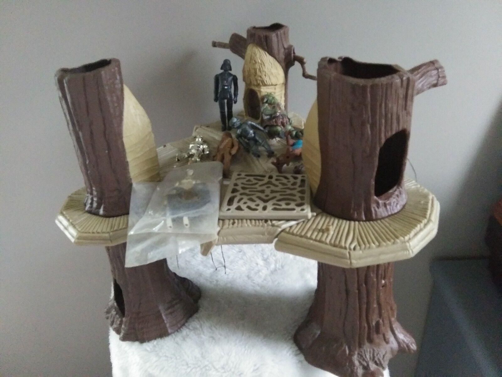 Vintage 1983 Kenner Star Wars Ewok Village Playset Tree Platform With Parts