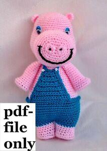 Hippo in swimsuit crochet pattern - Amigurumi Today | 300x213