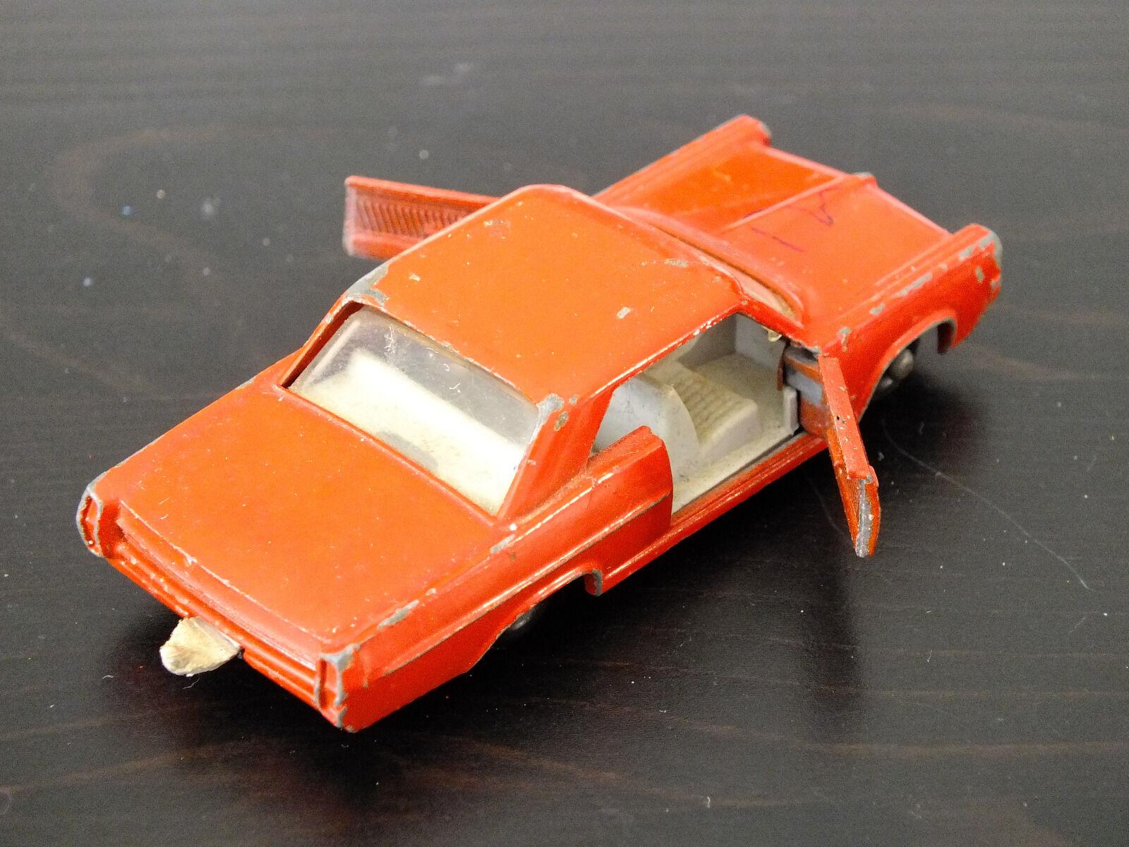 Lesney Matchbox Series No. 22c 22c 22c - Pontiac Sports Coupe - rot 130e3e