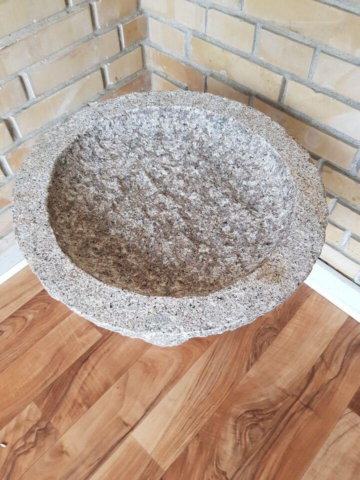 Rosa granit fuglebad 45 cm med sokkel