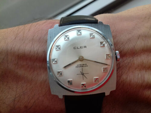 Cler 25-2384 Mechanical Vintage Collection (60 ´ S ) NOS Montre Swiss Made Horl