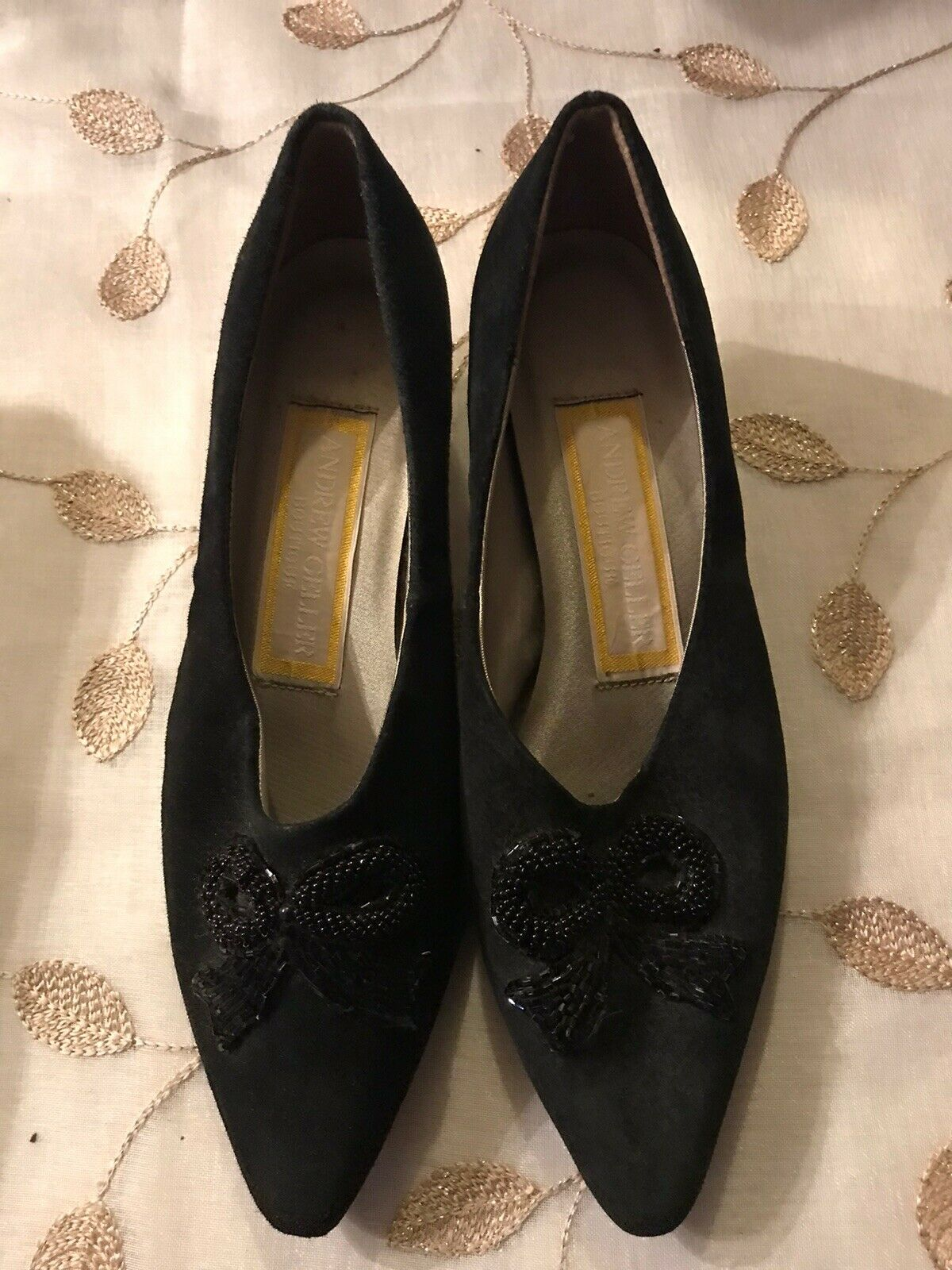 Andrew Geller Womens Shoes 1 Inch Heel Black Beaded Bow Size 8.5M Leather Upper