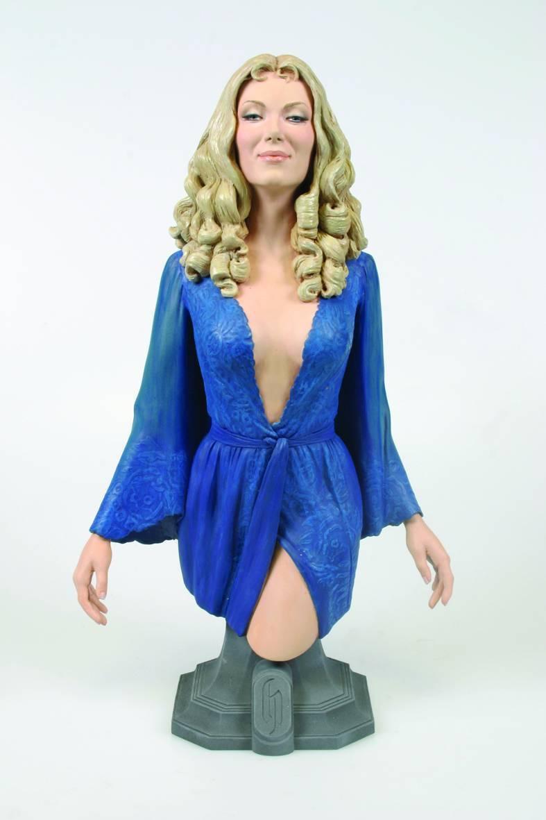 Ingrid Pitt Colección de terror de martillo Condesa Drácula 8  Maxi Busto Modelo de la exhibición
