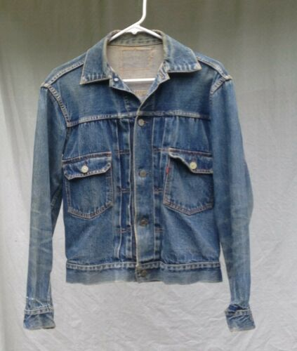 AUTHENTIC 1950s Levis Type 2 Jacket sz small, see