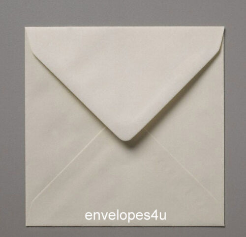 """6/""""x6/"""" Fresh White//Oyster Pearlescent 155mm Sq 100 gsm Diamond Flap Envelopes"""