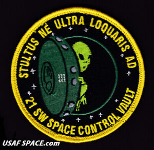 Details about USAF 21st SPACE WING - Space Control Vault -Peterson, AFB, CO  ORIGINAL VEL PATCH