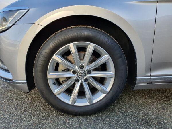 VW Passat 2,0 TDi 150 Highline Variant DSG - billede 2