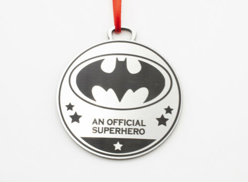 Children/'s Birthday Parties Party Bags, Silver Avenger Superhero Medals