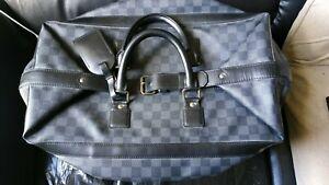 Louis-Vuitton-Damier-Graphite-Steamer-Bag