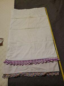 Vintage-Roses-Pillowcases-Lot-Crocheted-Lace-Hem