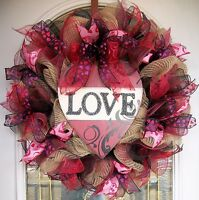 Valentine's Day Deco Mesh Wreath Heart/love/tan/black/red/pink/ribbon/handmade