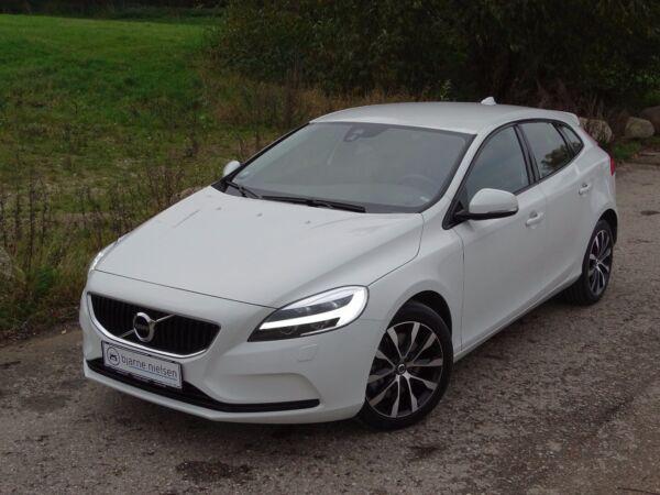 Volvo V40 2,0 D3 150 Dynamic aut. - billede 1