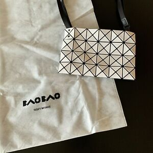 Nwt Bao Bao Issey Miyake White Small Lucent Shoulder Crossbody Bag With Dust Bag Ebay