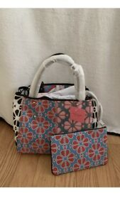 KATE SPADE EVERYTHING SPADE FLOWER MEDIUM TOTE w/WRISTLET/POUCH:NWT HARD TO FIND