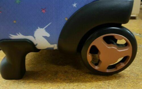 IT Luggage Mondes plus léger cabine 2 roues Licorne Bleu Valise 55 cm