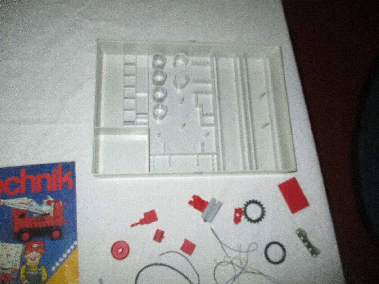 FischerTechnik  Set 1970's Basic 50 set pieces pieces pieces and parts 1b75d3
