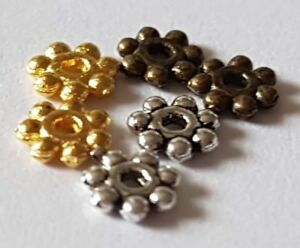 100-Antique-Silver-or-Brass-Daisy-Spacer-Beads-4mm-Small-Jewellery-Making-Crafts