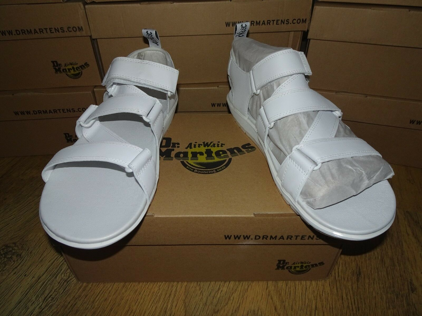 Dr Martens White REDFIN Hydro Leather Z Strap Sandals Size 8 UK BNIB