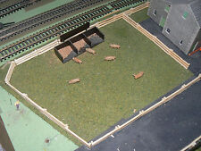 3 FEET WOODEN FENCING TO SUIT HORNBY Trackside