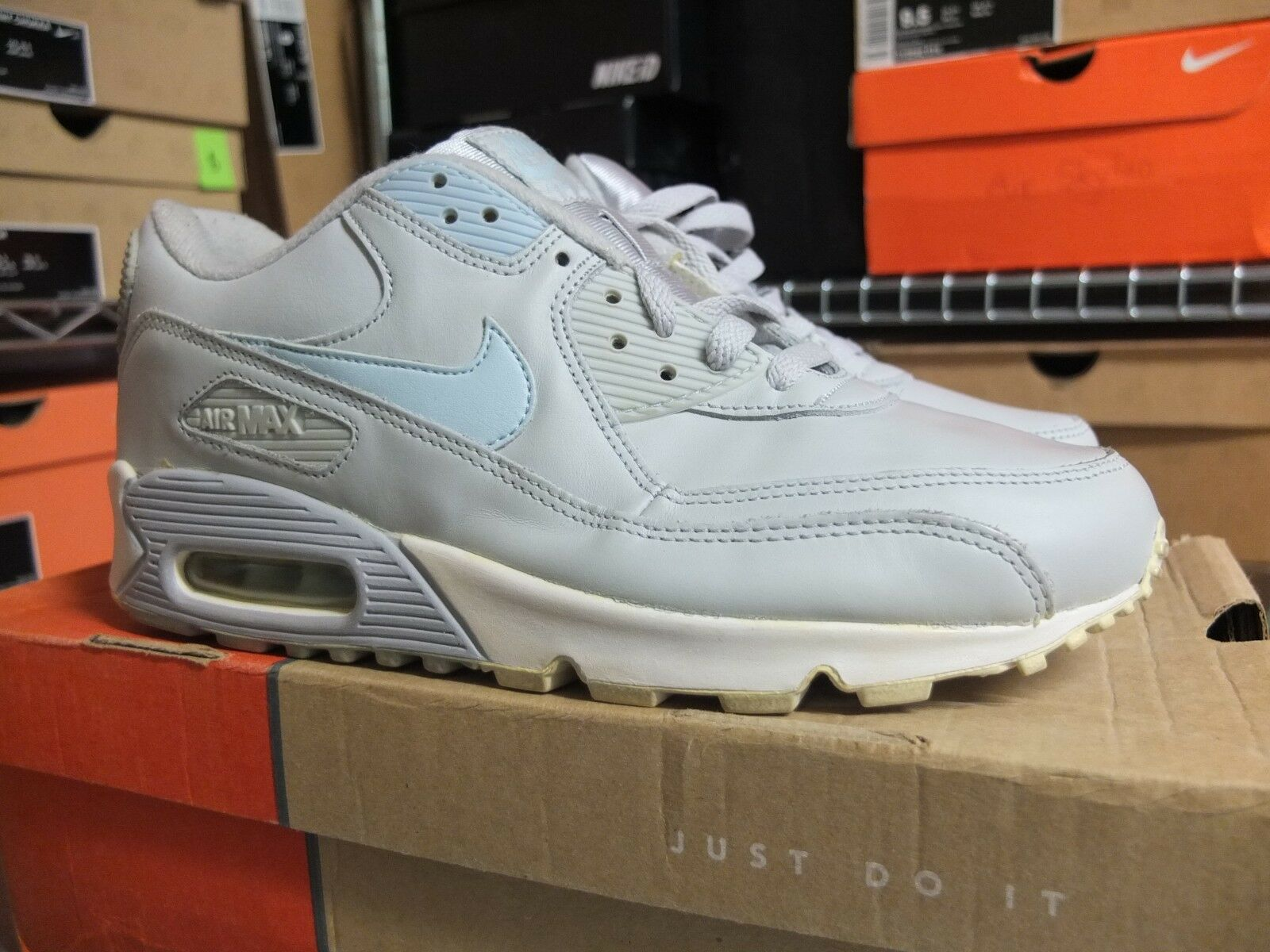 2003 WMNS Nike Air Max 90 Leather WMNS US11 homme US9.5 Used Patta Kaws Atmos