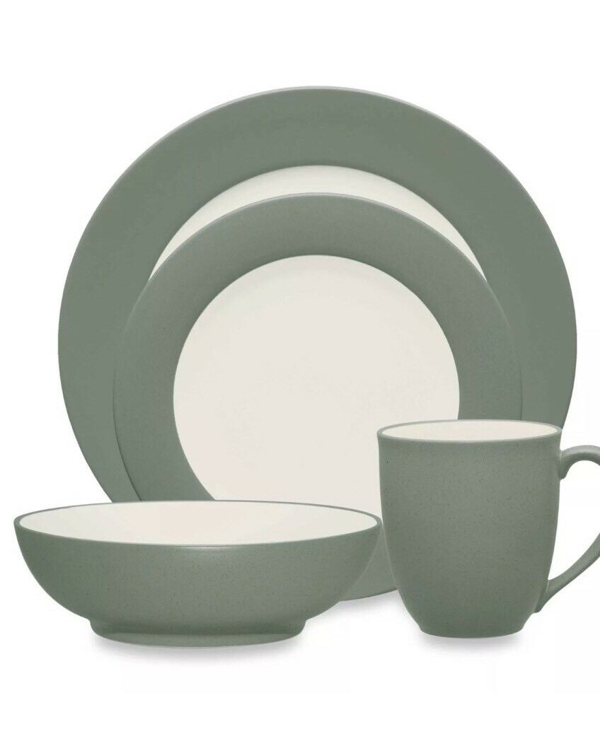 Noritake Couleurwave Collection Vert jante 16 PC Place Setting servant pour 4 new in box