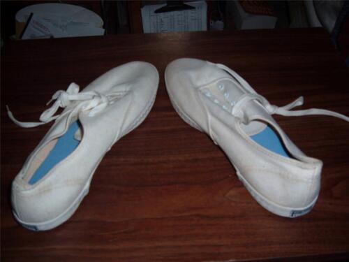 Vintage Converse White low top Woman's sneakers -n