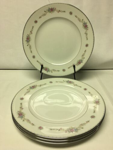 Hampton Fine China Japan Berkeley 2422 Dinner Plates Set of 4