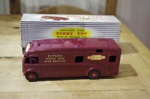 Dinky-Toys-Horse-Box-Boxed-No-981-Vintage
