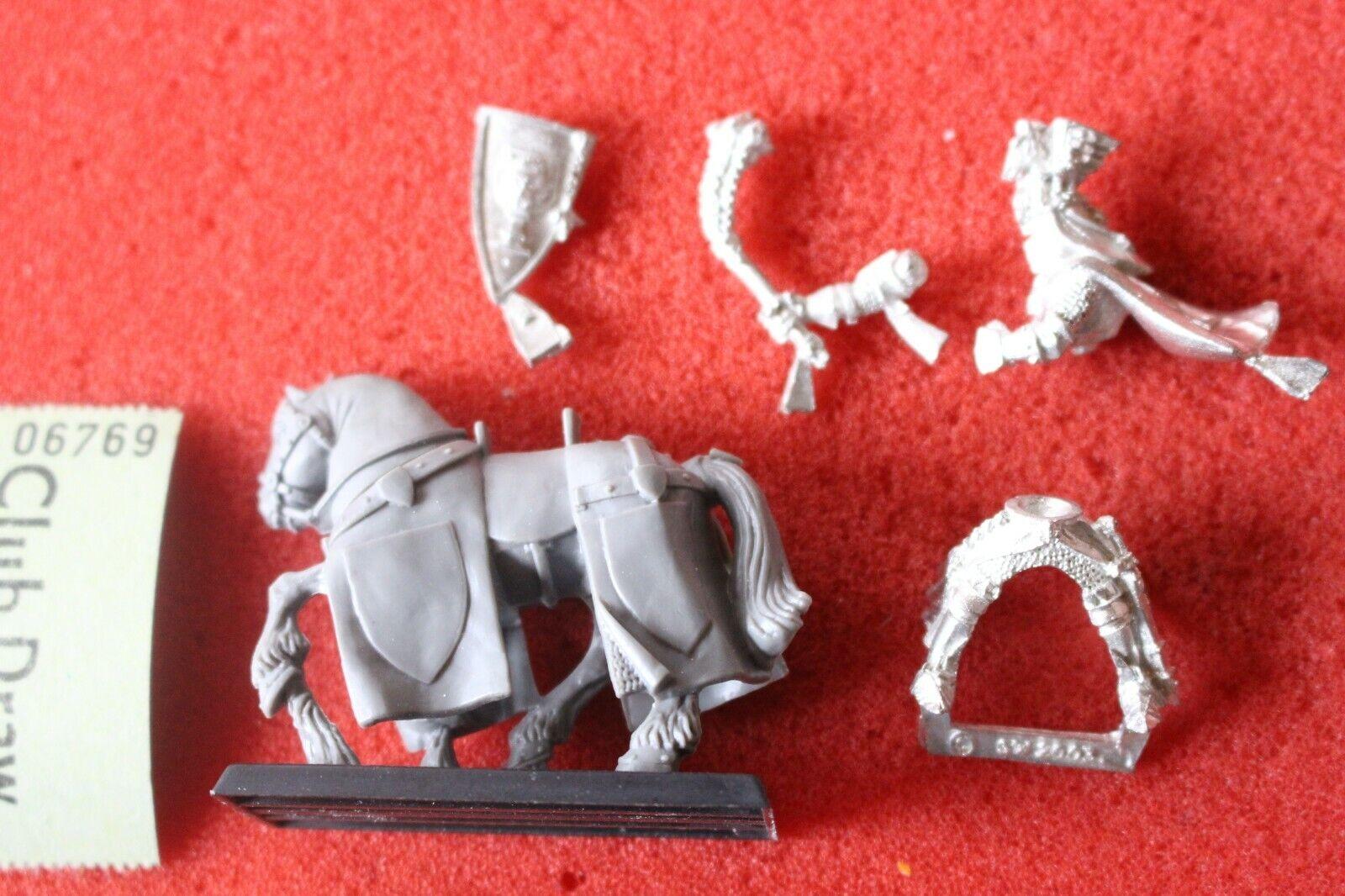 Games Workshop Warhammer Bretonnian Bretonnia Grail Knight Champion New Metal