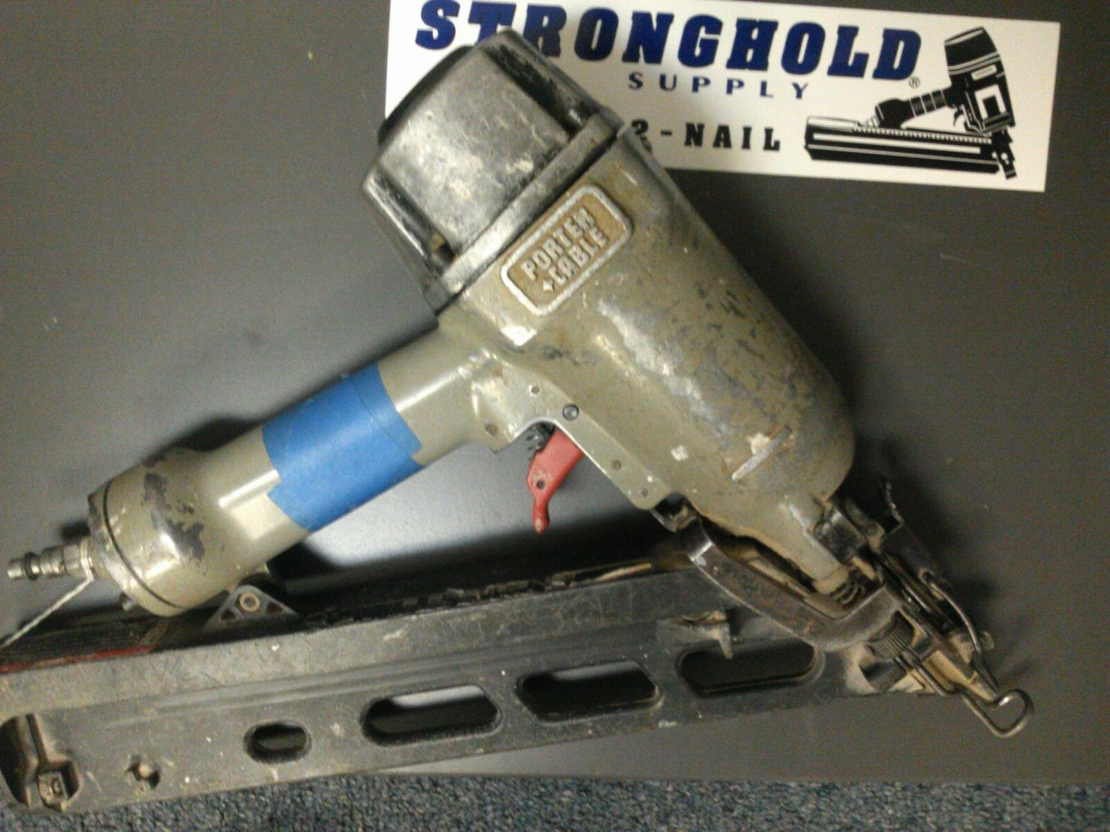 USED 904761 HOUSING FOR FOR FOR DA250B PC FINISH NAILER -ENTIRE PICTURE NOT FOR SALE f9a69f