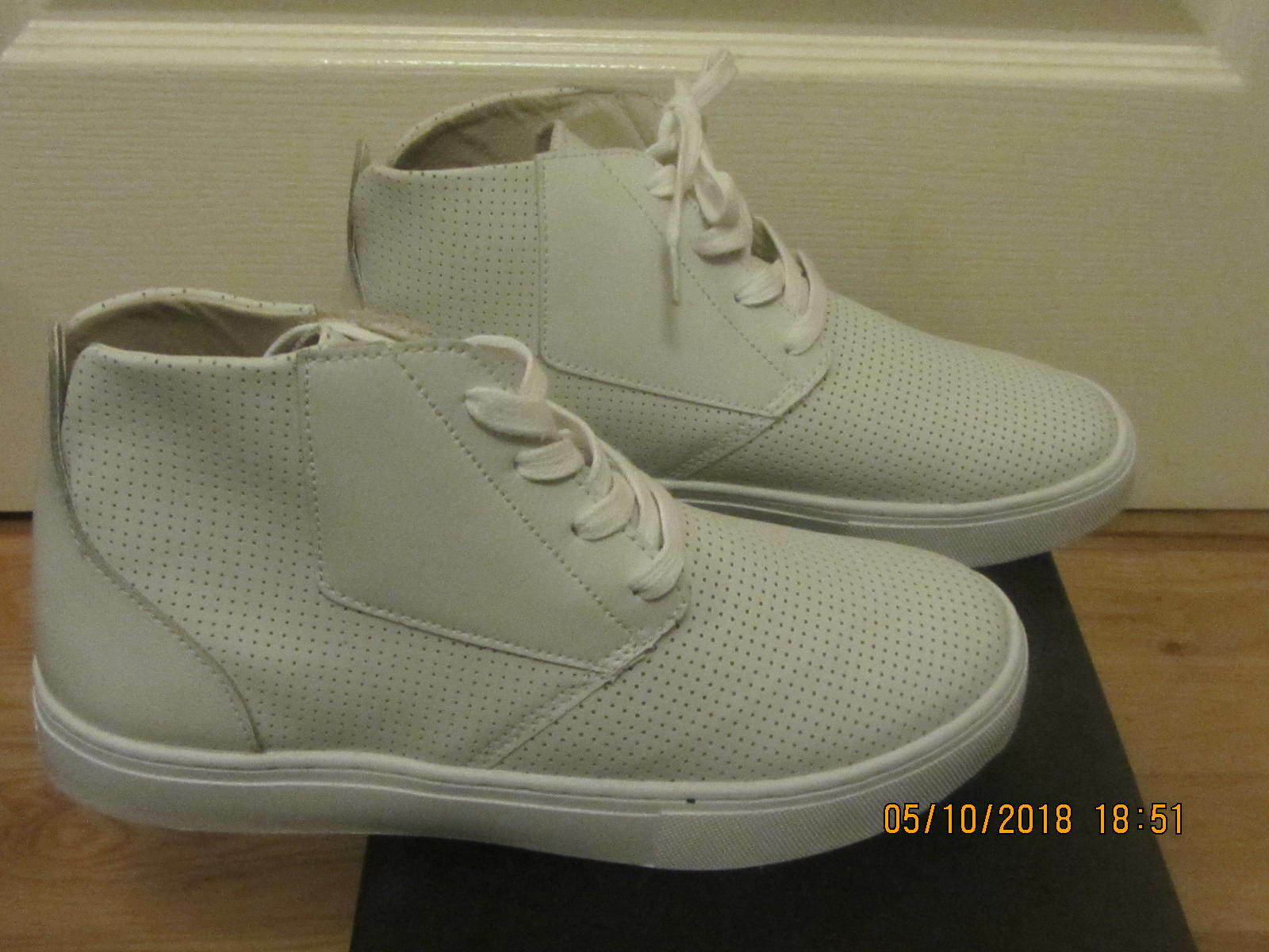 MENS RADII HAMPTON WHITE PERFORATION TRAINERS SHOES UK SIZE 7.5 41.5 NEW BOXED