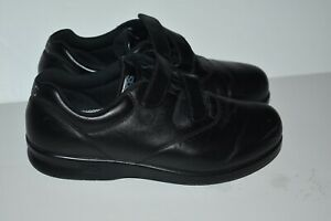 Women-039-s-Black-Leather-Velcro-Strap-SAS-Comfort-Shoes-Size-8-5M