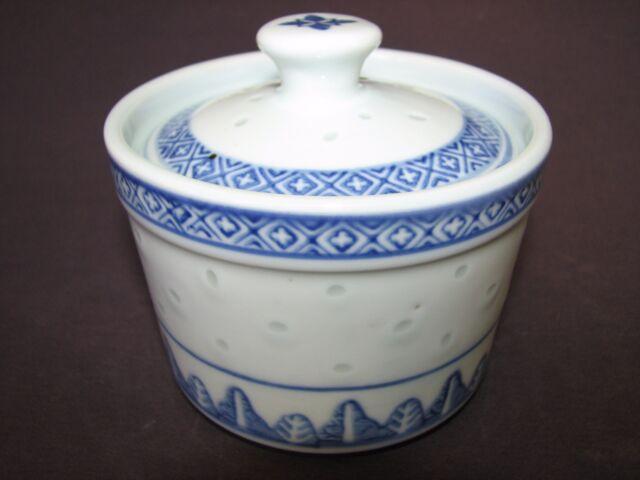 Vintage Chinese Porcelain Blue White Translucent Rice Grain Sugar Tea Bowl Pot