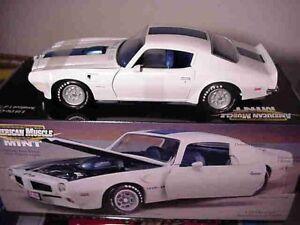1972 Pontiac Trans Am White 1:18 Ertl American Muscle 32481