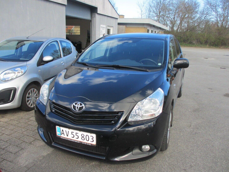 Toyota Verso 2,2 D-CAT 150 T3+ aut. 7prs 5d - 74.900 kr.
