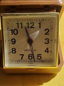 Vintage-WESTCLOX-Wind-Up-Travel-Alarm-Clock-Brown-Case-Works