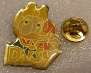 DAISY-DUCK-with-PHONE-DONALD-vintage-DISNEY-pin-badge-Z4X