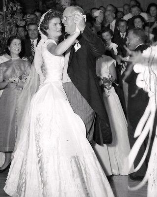 JACQUELINE KENNEDY DANCES w/ JOE KENNEDY @ WEDDING IN 1953 - 8X10 PHOTO (AB-221)