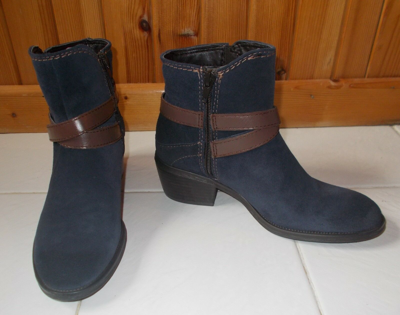 Sze 3 (36) VERY EXPENSIVE TOP QUALITY very comfortable navy suede leather boot