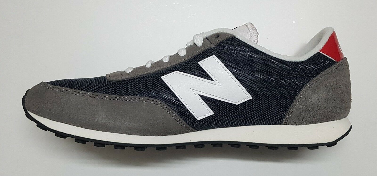New Balance Unisex Trainer UK Size 8.5