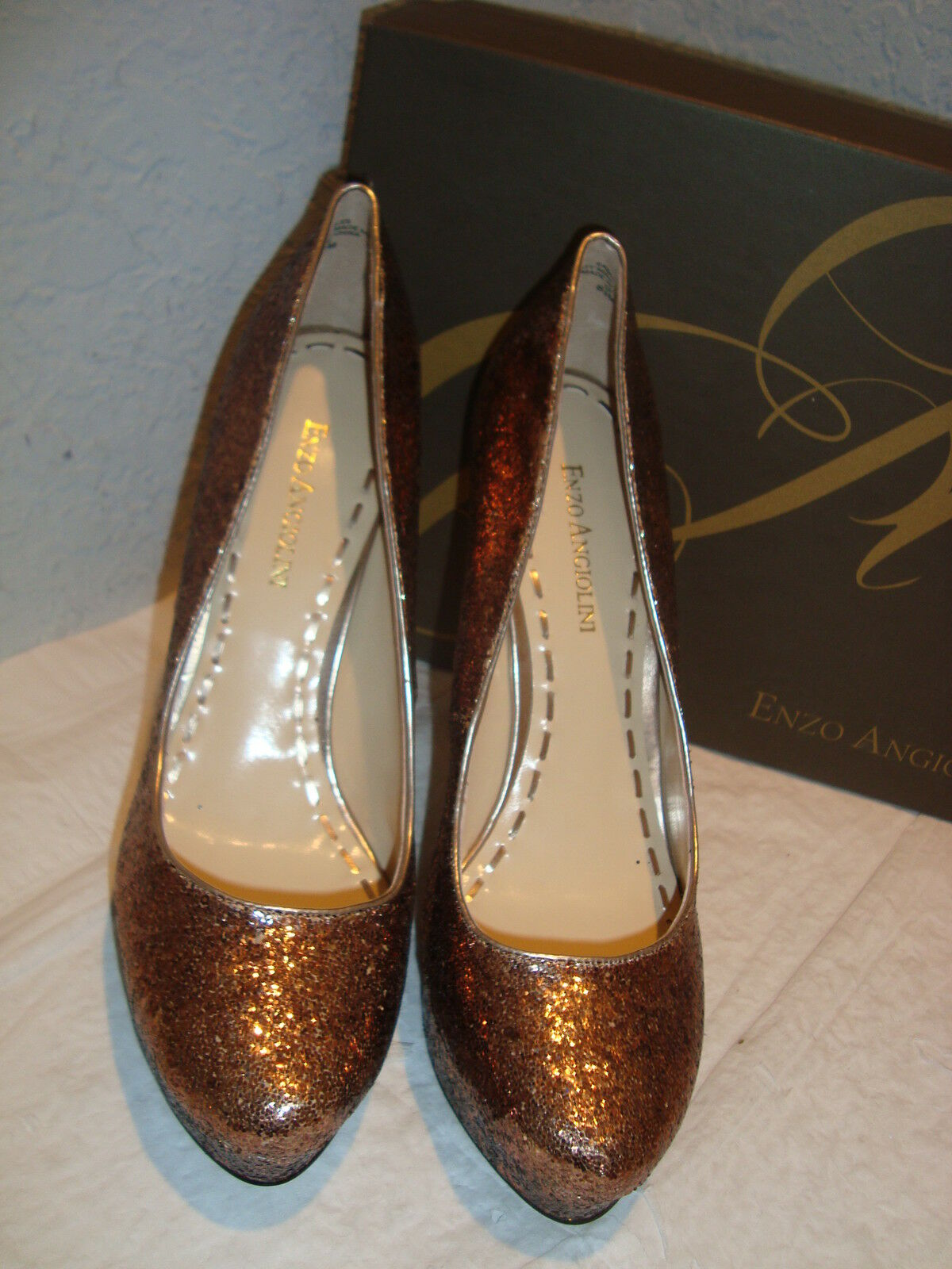 New Enzo Heels Angiolini Donna Smiles Gold Heels Enzo Shoes 8.5 Medium bdc3a2