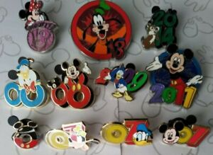 Mickey-amp-Friends-Dated-Year-Booster-Mystery-Collection-Set-Choose-a-Disney-Pin